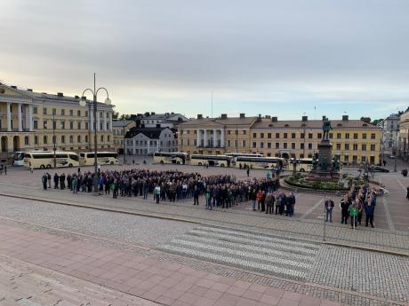 Rannikkojääkärikoulun 40-vuotisjuhla Senaatintorilla