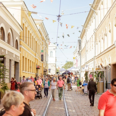 Helsinki improves English-language services