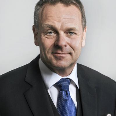 Kolumni Helsingin uutisissa 4.1.2020: Mikään raha ei riitä, jos ihmisiä ei ole